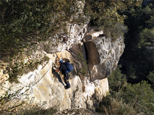Ferrata-de-la-trona-Catalonia-Adventures